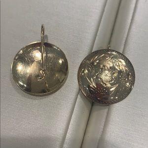 14k gold VINTAGE hand engraved disc earrings